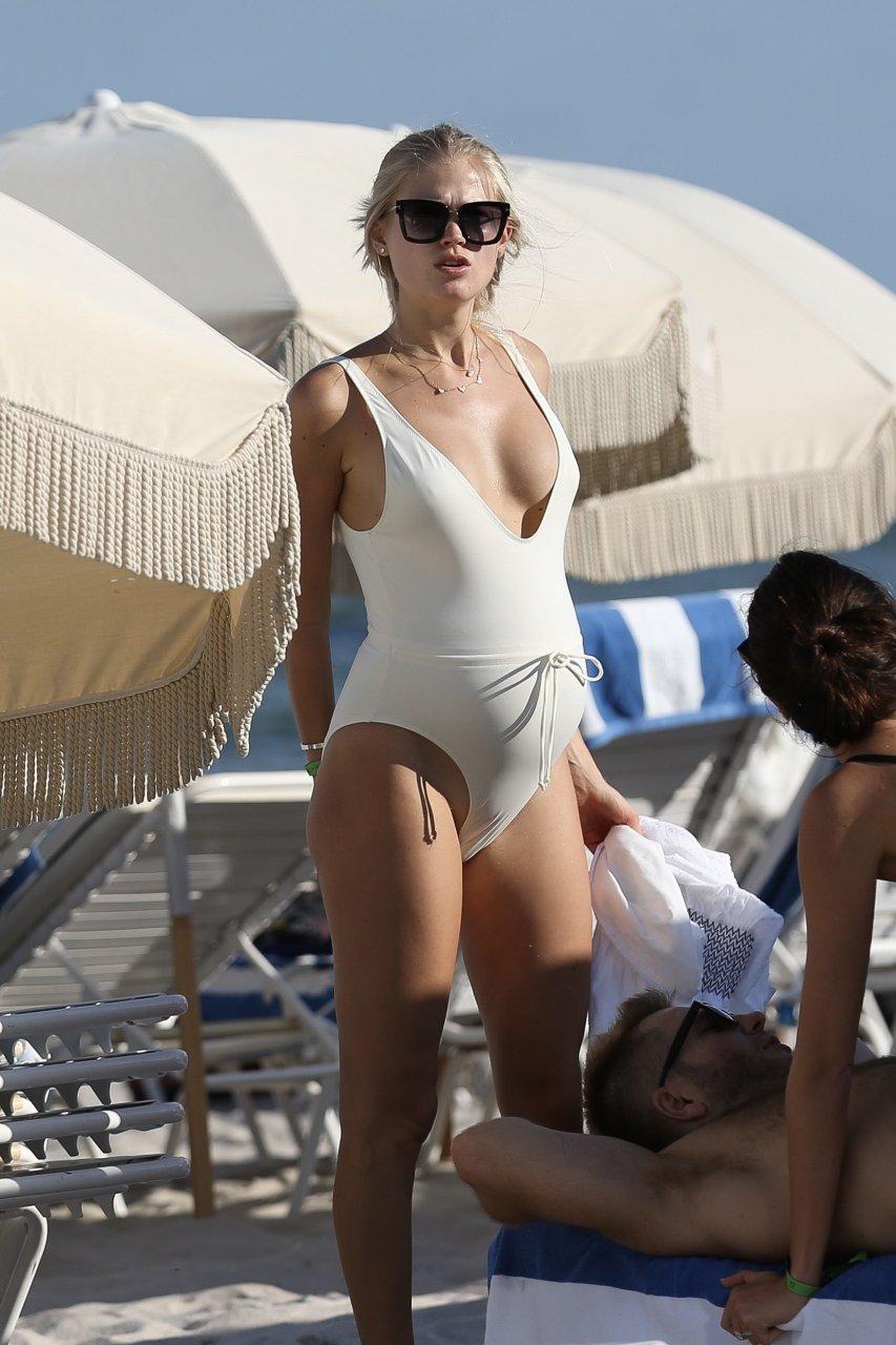 Porno Vita Sidorkina-Morabito naked (89 photo), Topless, Sideboobs, Feet, panties 2015