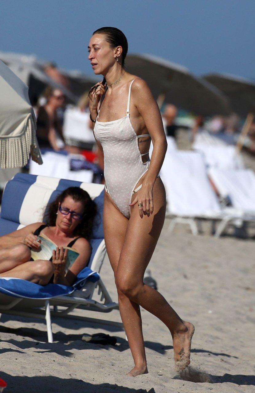 Porno Marielle Hadid nude (84 photo), Tits, Paparazzi, Feet, braless 2017