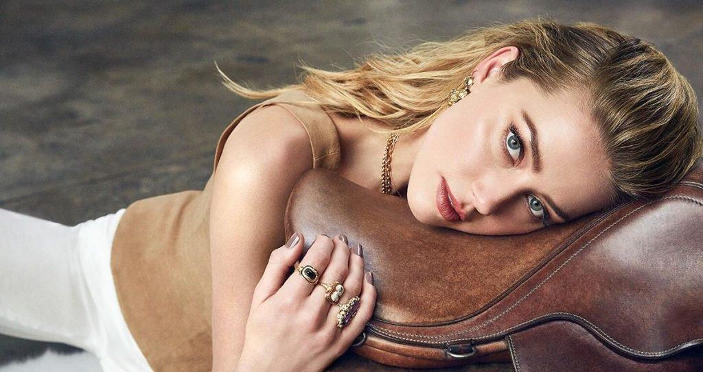 Amber Heard Sexy (9 Photos)