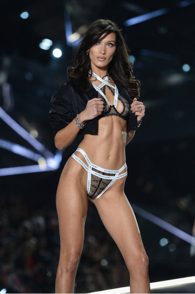 Bella Hadid Sexy (51 Photos)