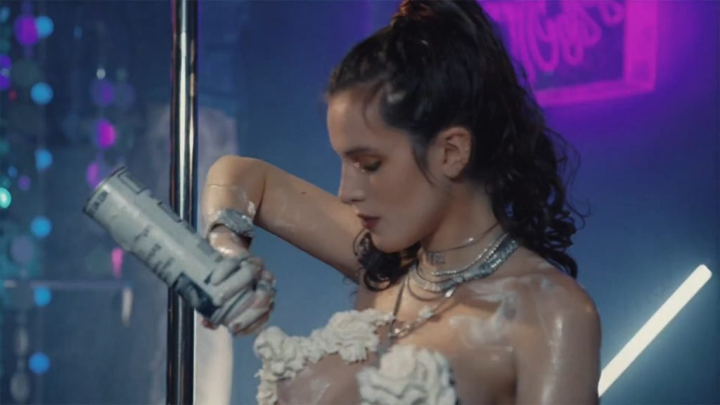 Bella Thorne Nude & Sexy (62 Pics + GIFs & Videos)