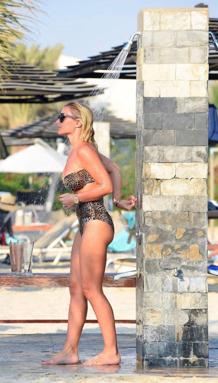 Billie Faiers Hot (22 Photos)