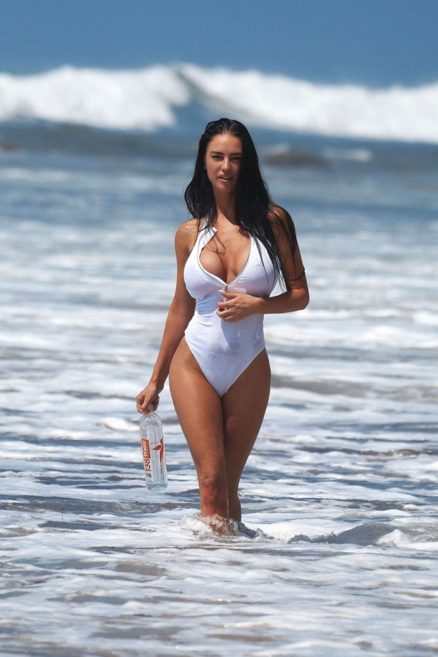 Charlie Riina Sexy (28 New Photos) | #TheFappening