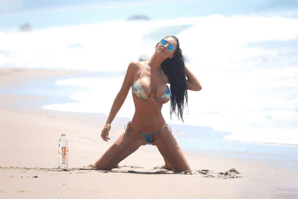 Charlie Riina Sexy (63 Photos)