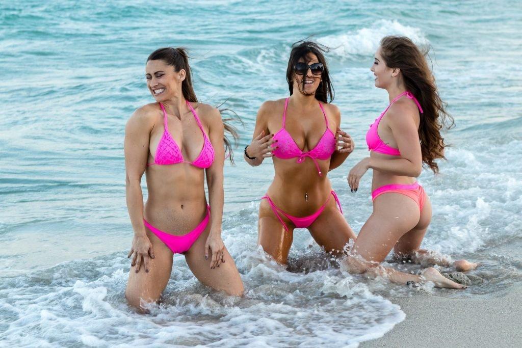 Claudia Romani, Melissa Lori, Anais Zanotti Sexy (48 Photos)