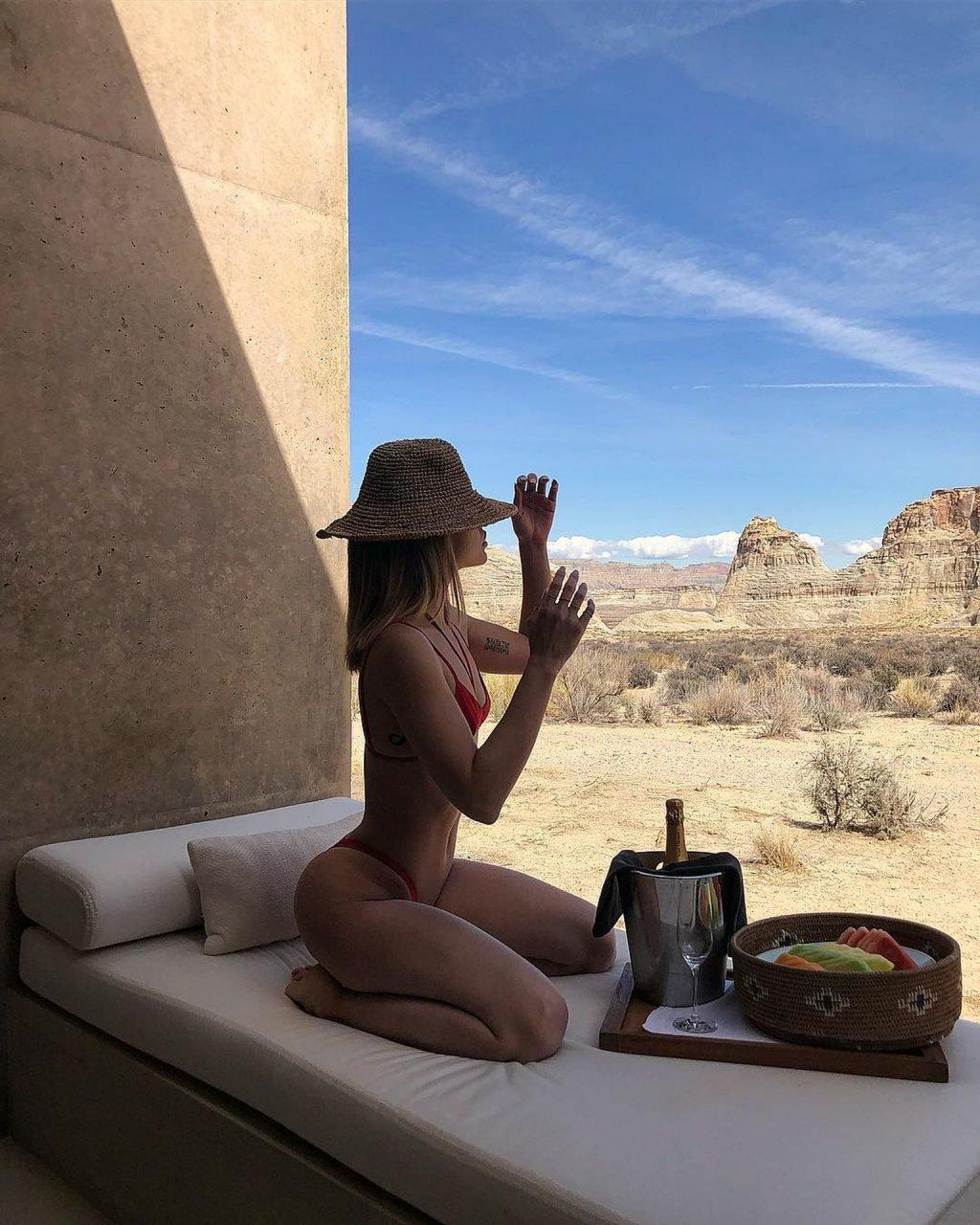 Jasmine Sanders Sexy (20 Photos)