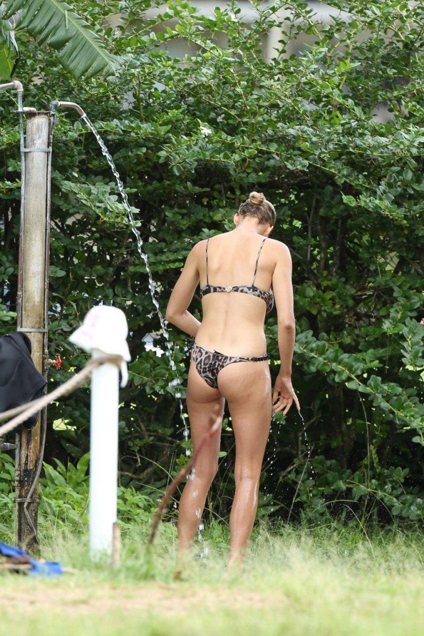 Kelly Rohrbach Sexy (52 Photos)