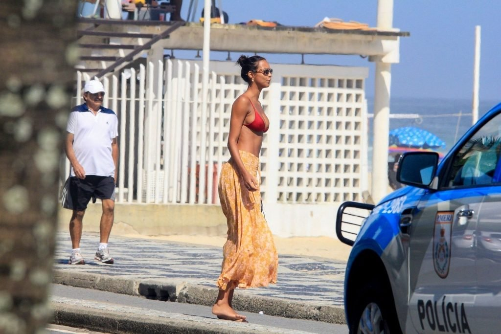 Lais Ribeiro Sexy (87 Photos)