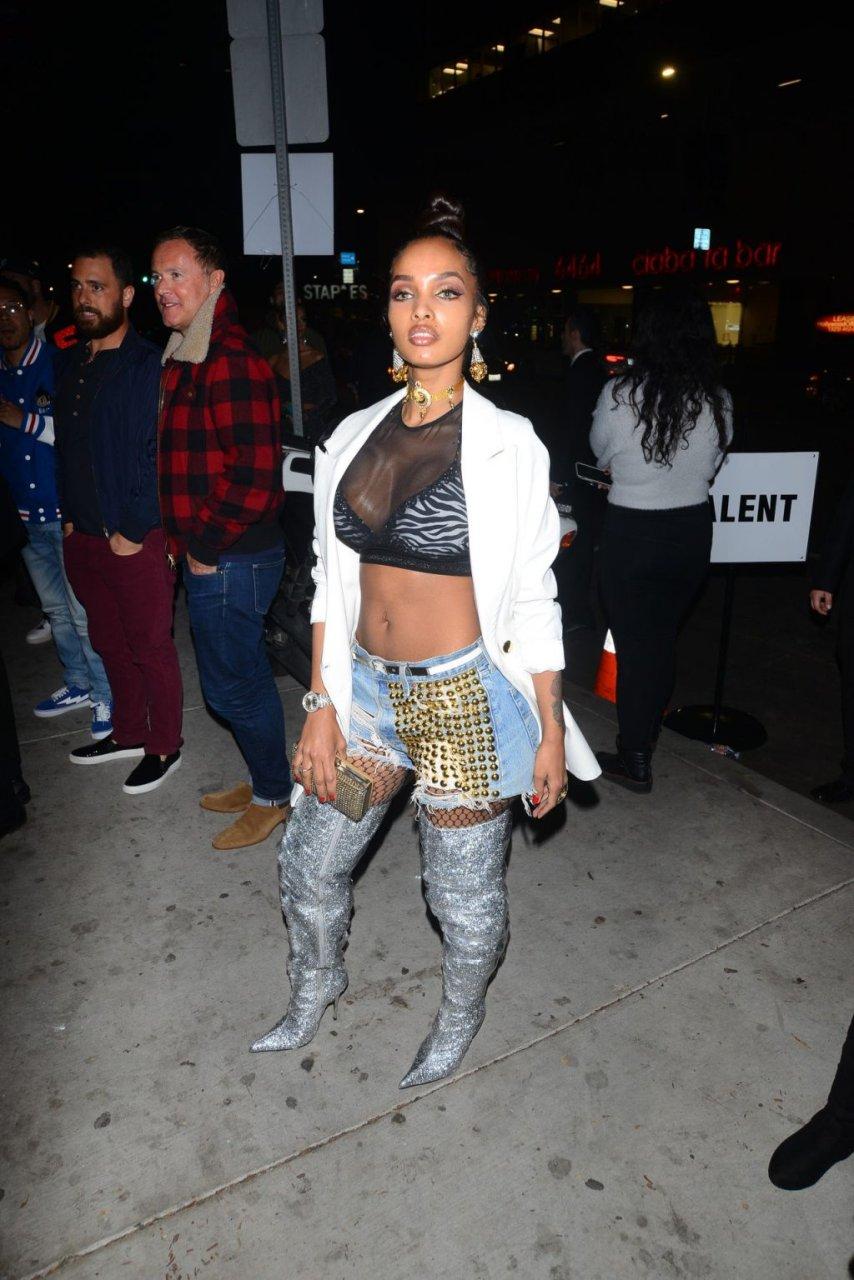 LoLa Monroe Sexy (26 Photos)