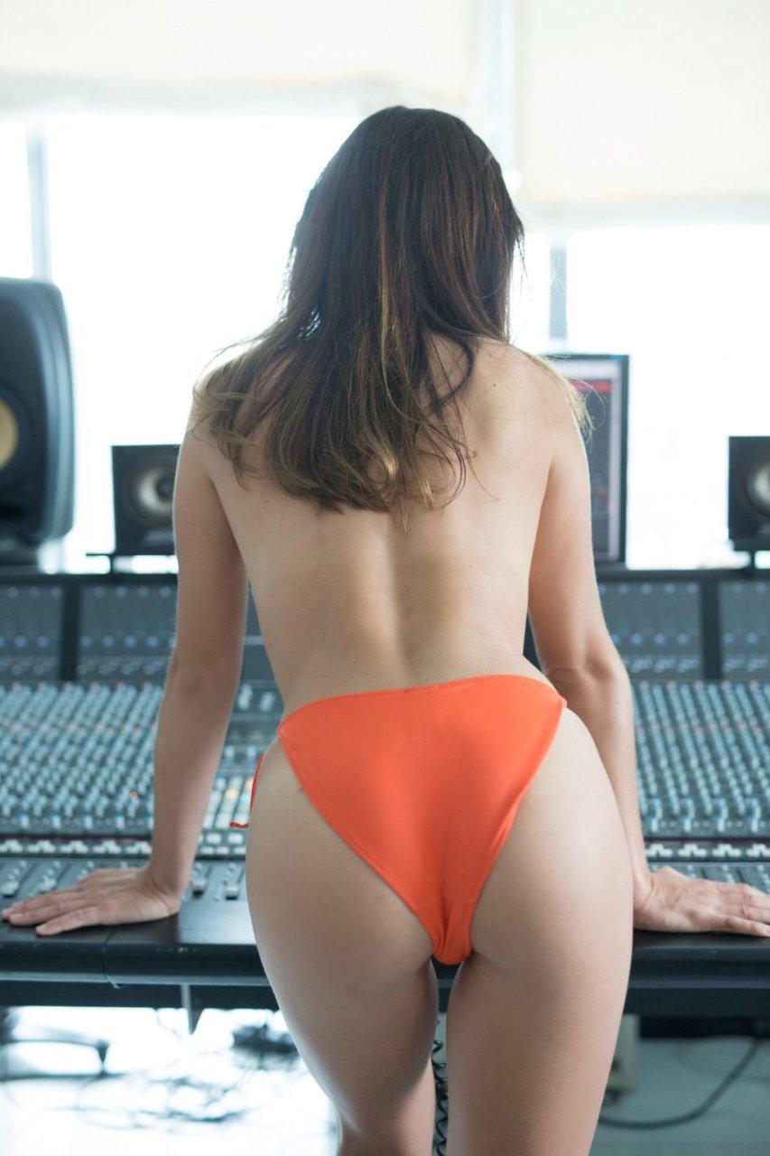 Madison Walker Nude & Sexy (33 Photos + Video)