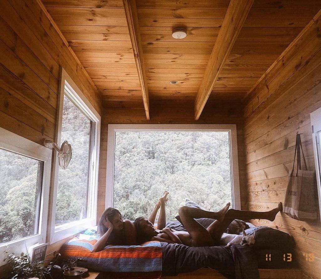 Nathalie Kelley Topless (6 Pics + GIF)