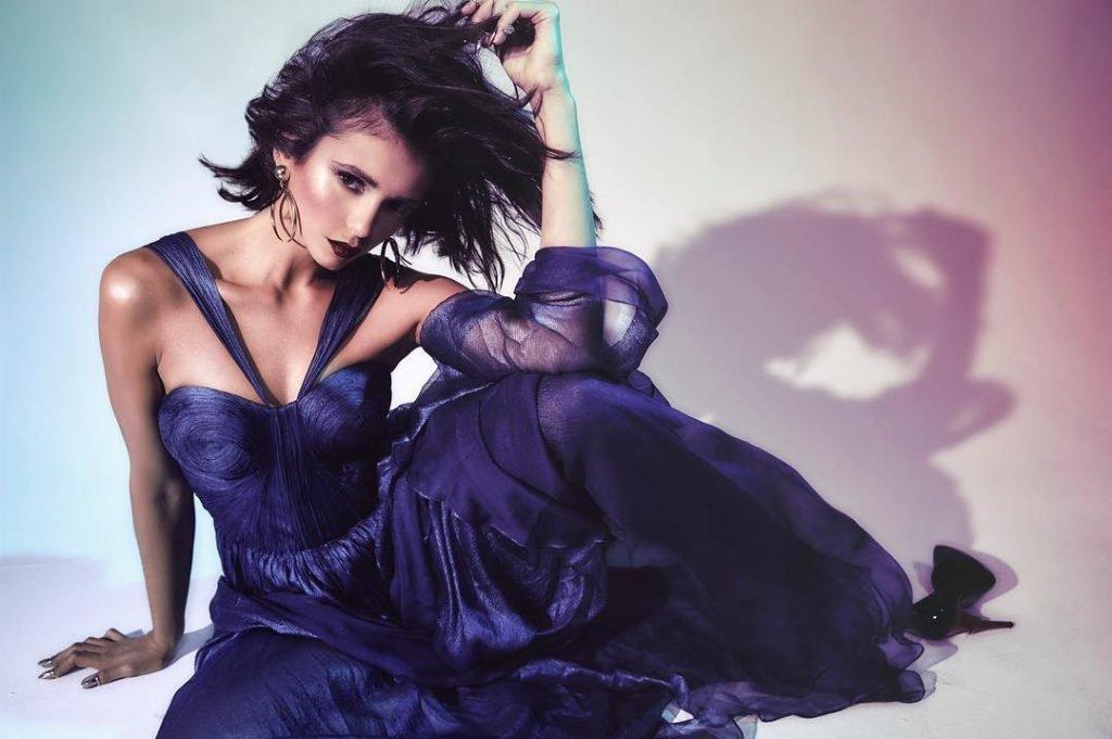 Nina Dobrev Hot (8 Photos)