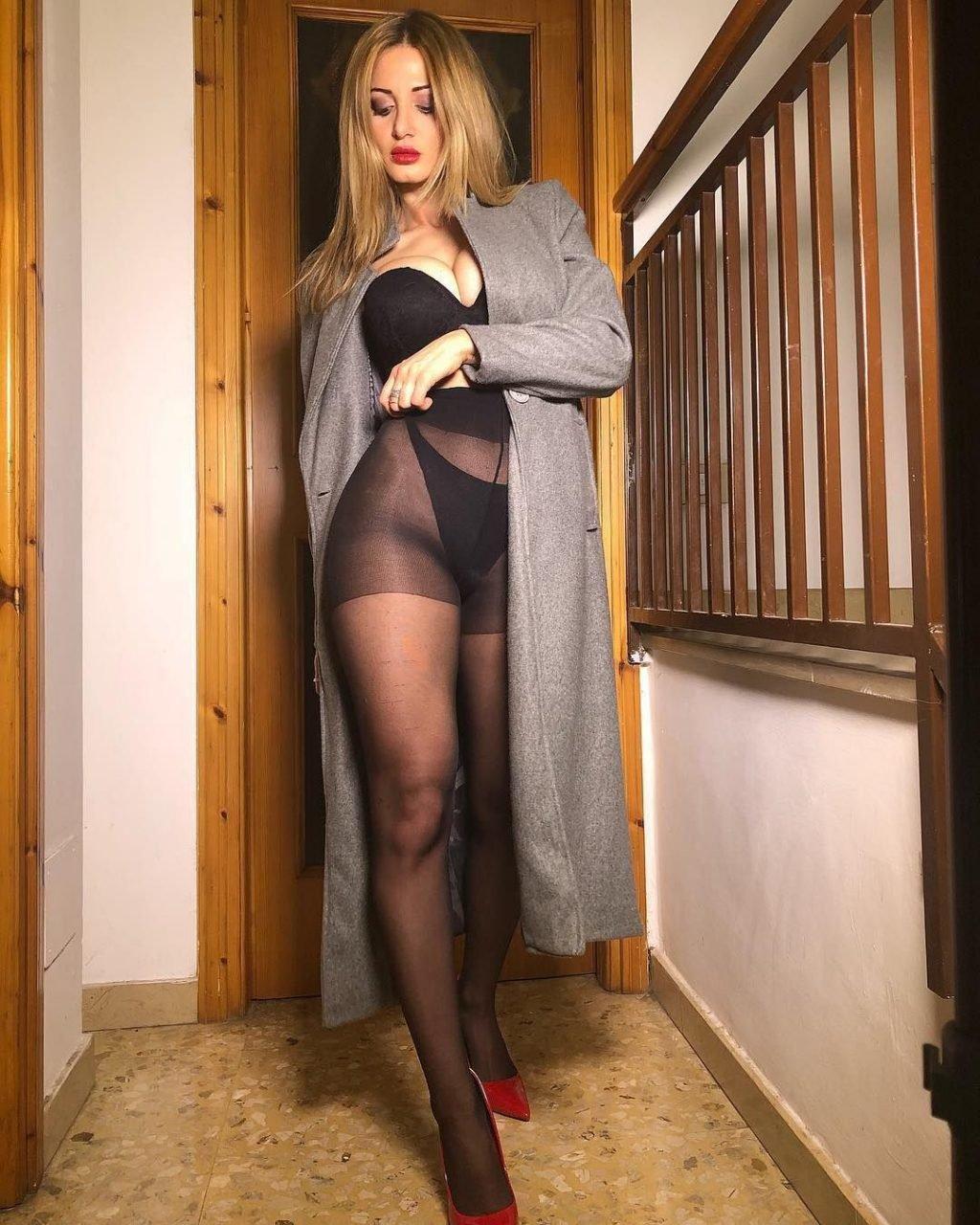 Rosy Maggiulli Nude & Sexy (279 Photos)