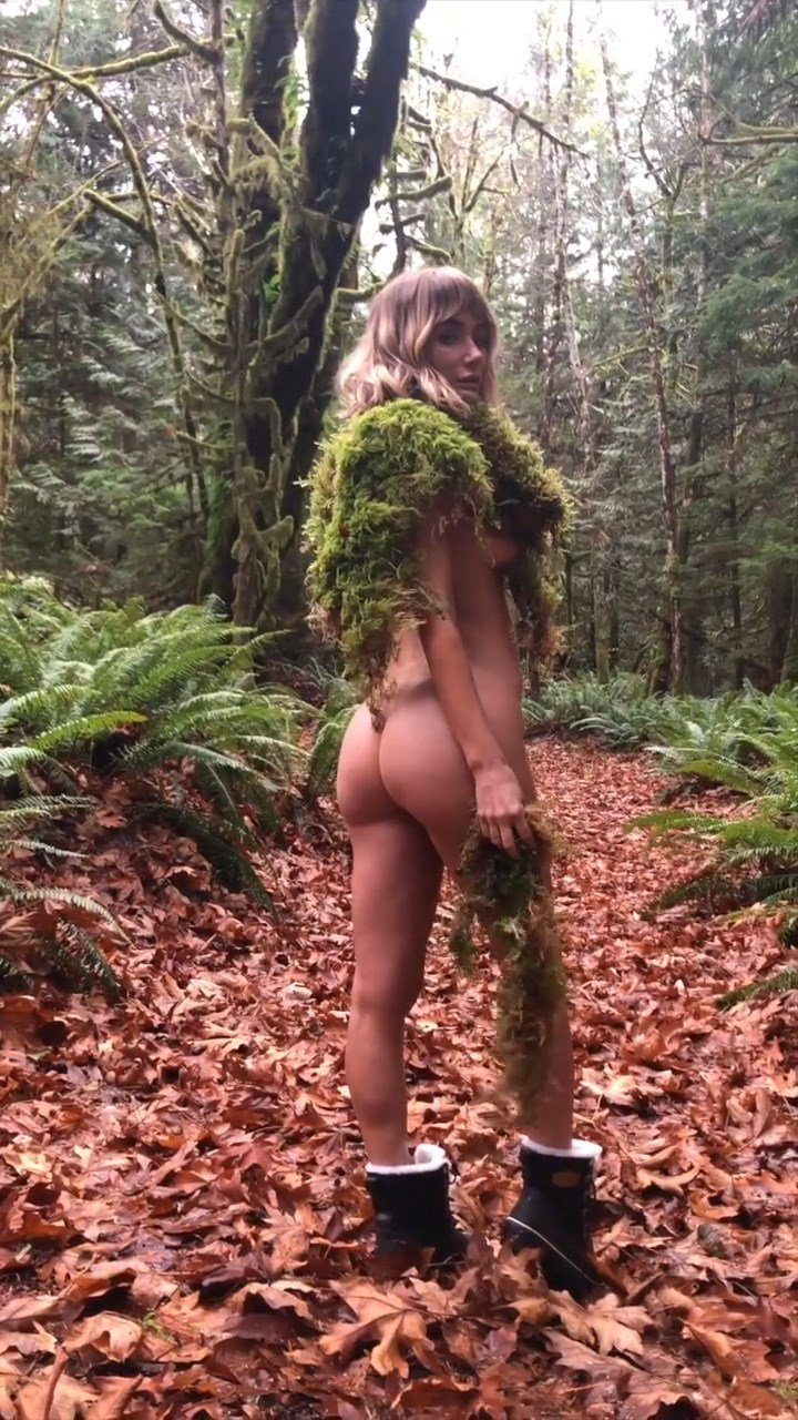 Sara Underwood Nude (15 Pics + Video)