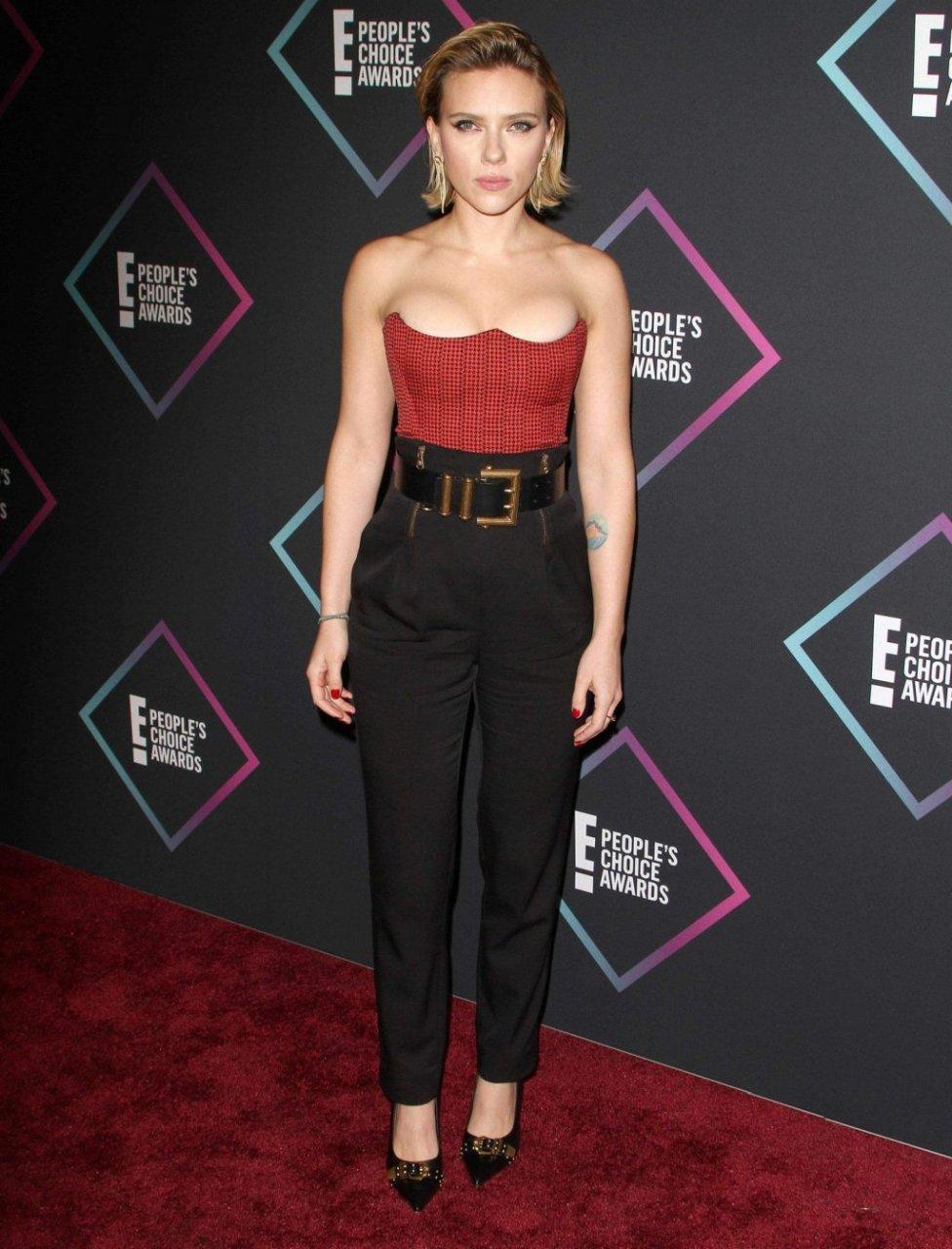 Scarlett Johansson Sexy (75 Photos)