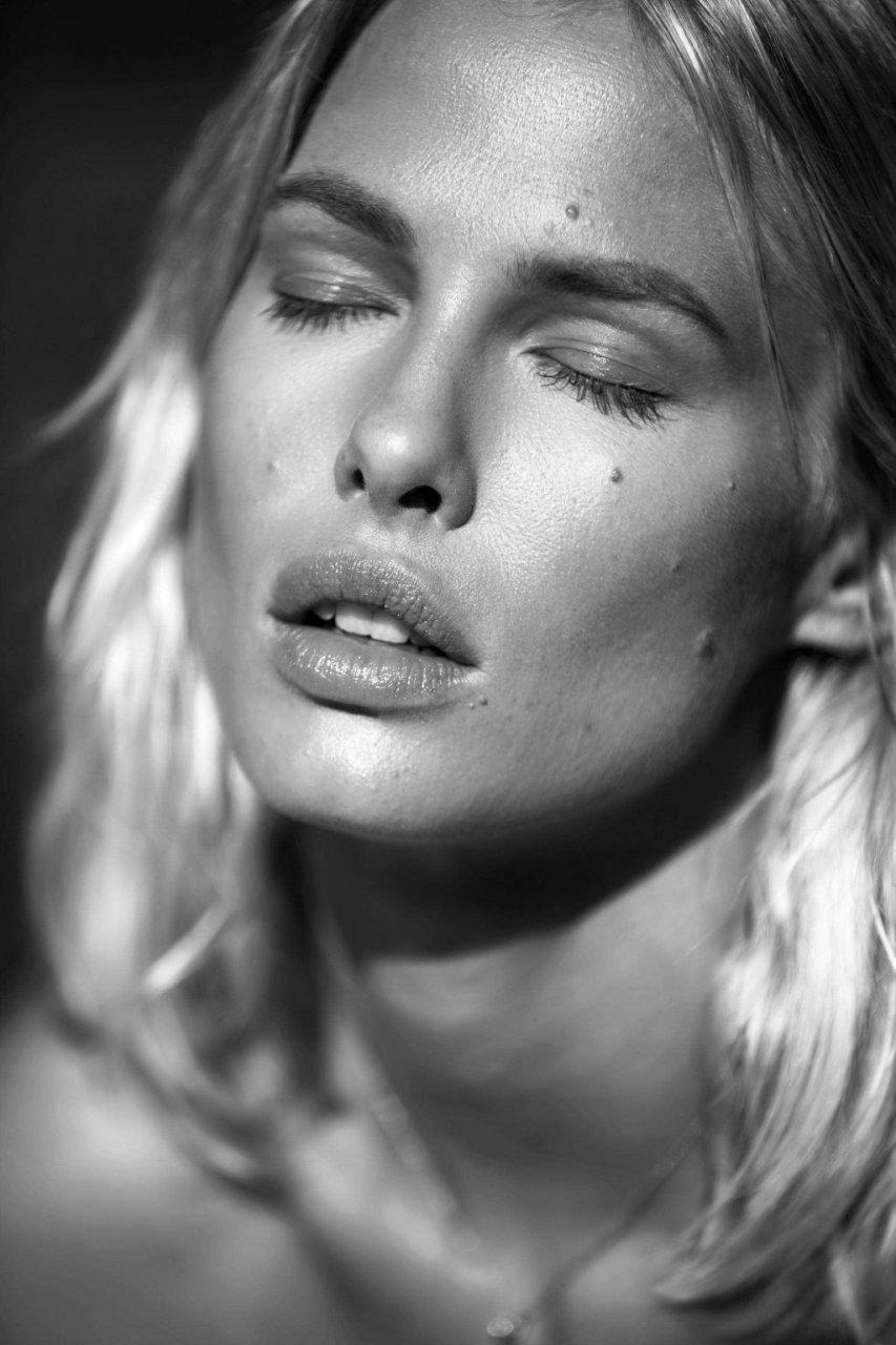 Terra Jo Wallace, Taylor Bagley, Sydney Roper Nude (25 Photos)