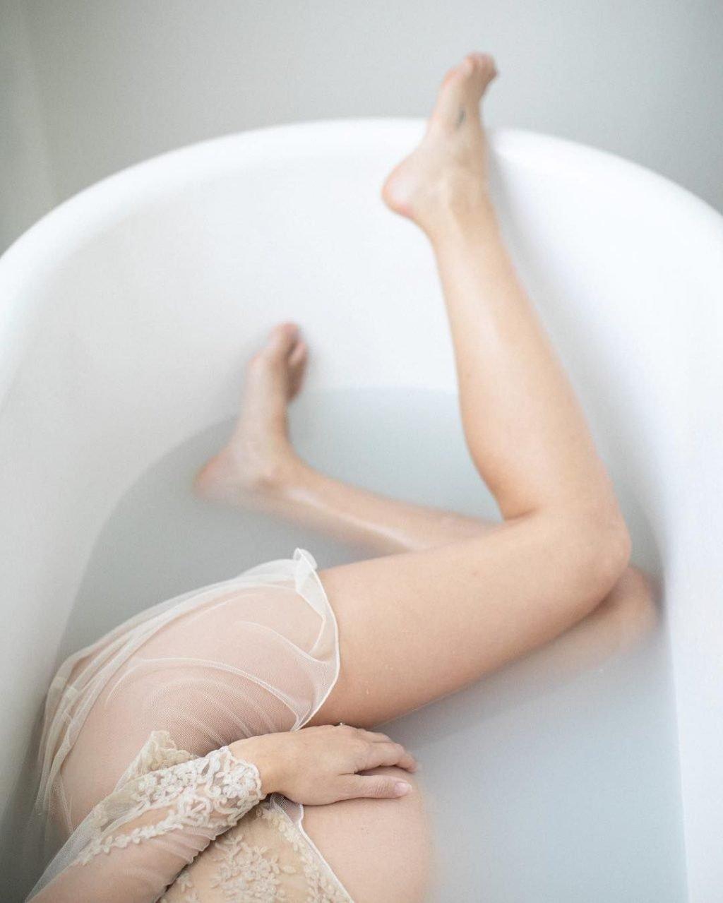 Troian Bellisario Nude & Sexy (5 Photos)