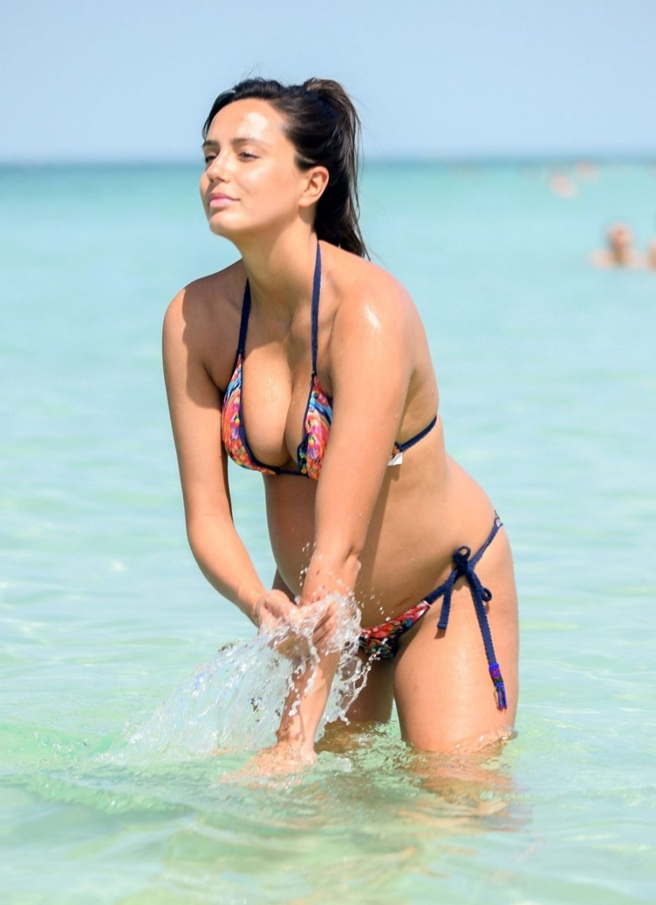 Tyla Carr Hot (21 Photos)