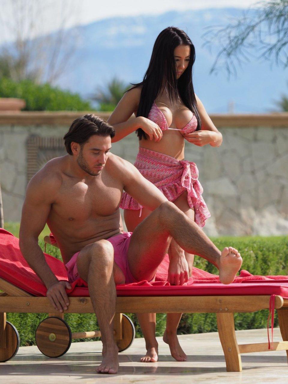 Yazmin Oukhellou Sexy (51 Photos)