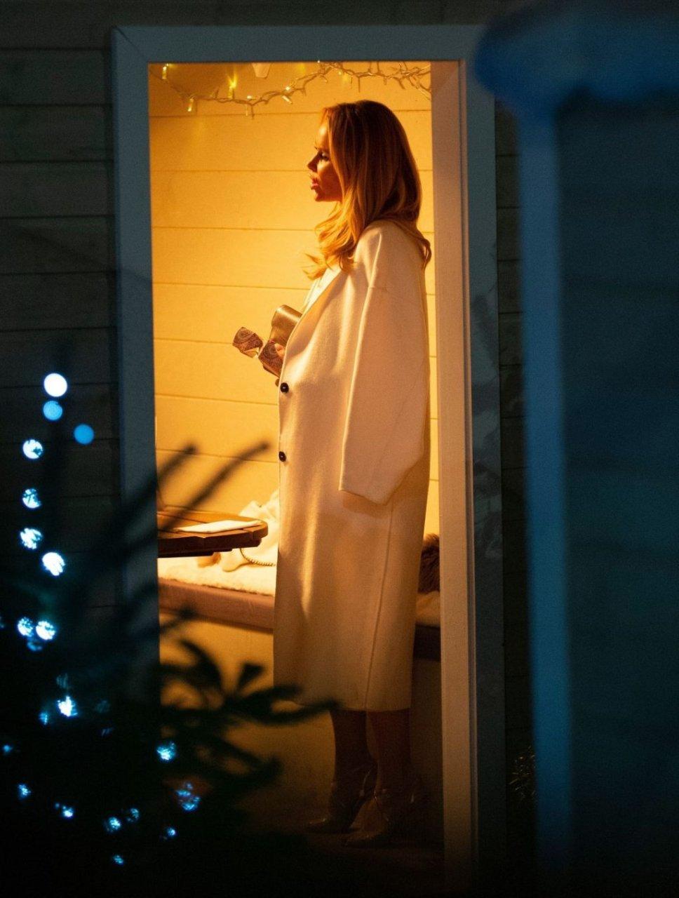 Amanda Holden Nip Slip (57 Photos)