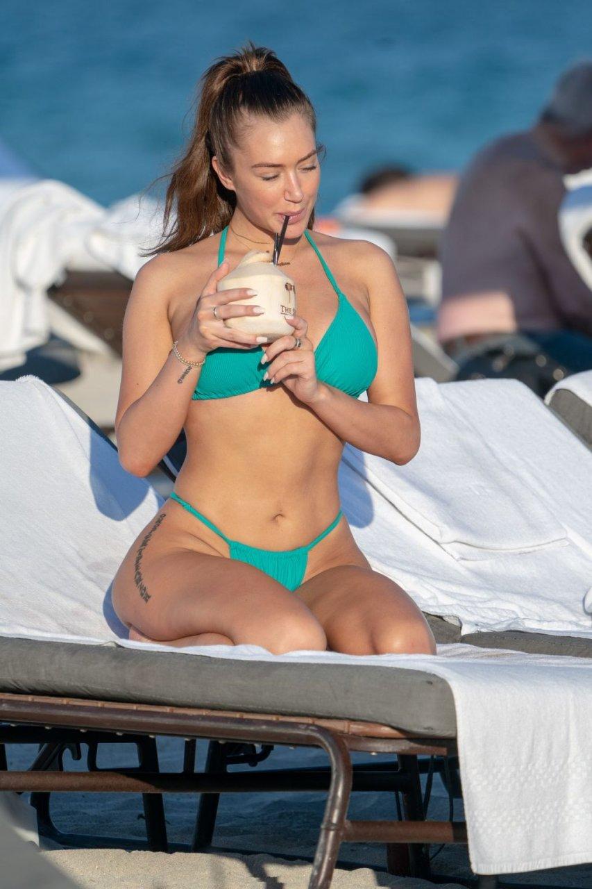 Anastasia Karanikolaou Sexy (32 Photos)