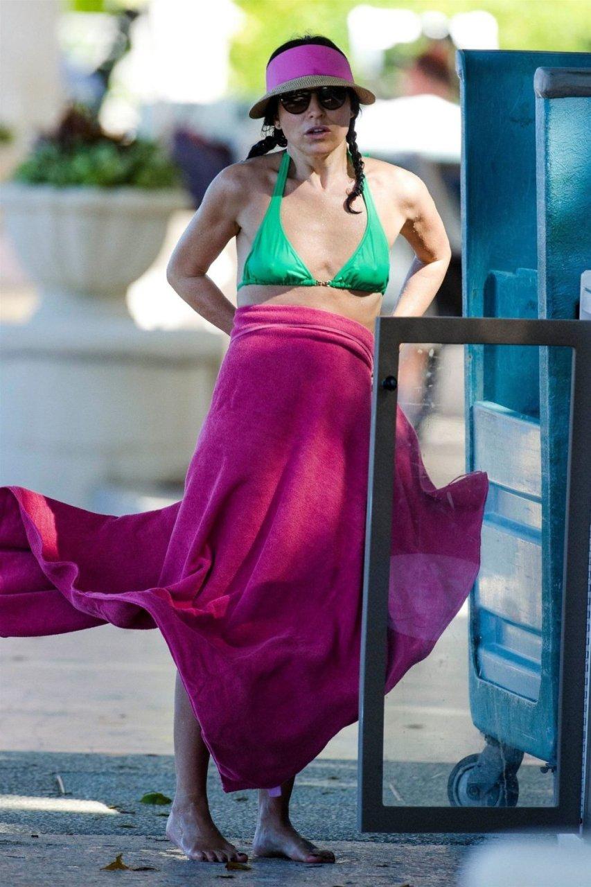 Andrea Corr Hot (26 Photos)