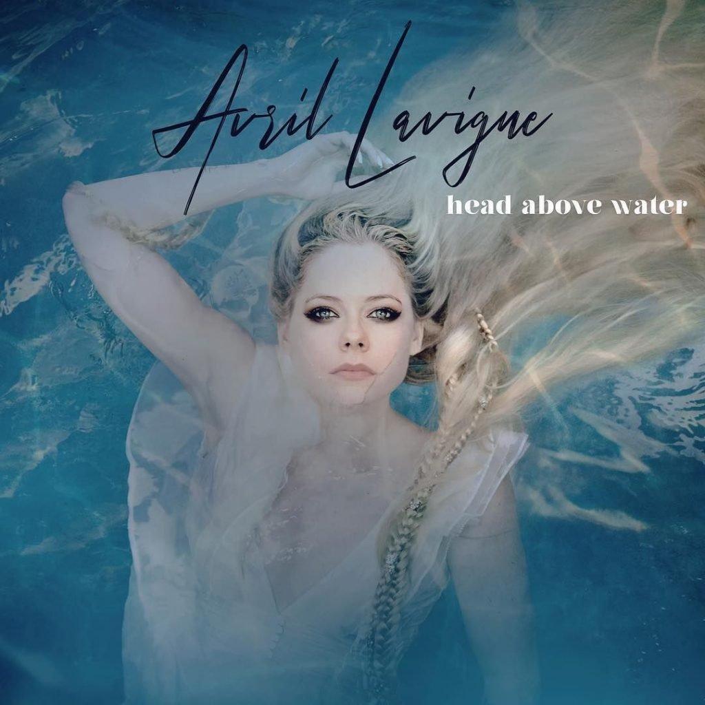 Avril Lavigne Nude & Sexy (7 Photos + Video)