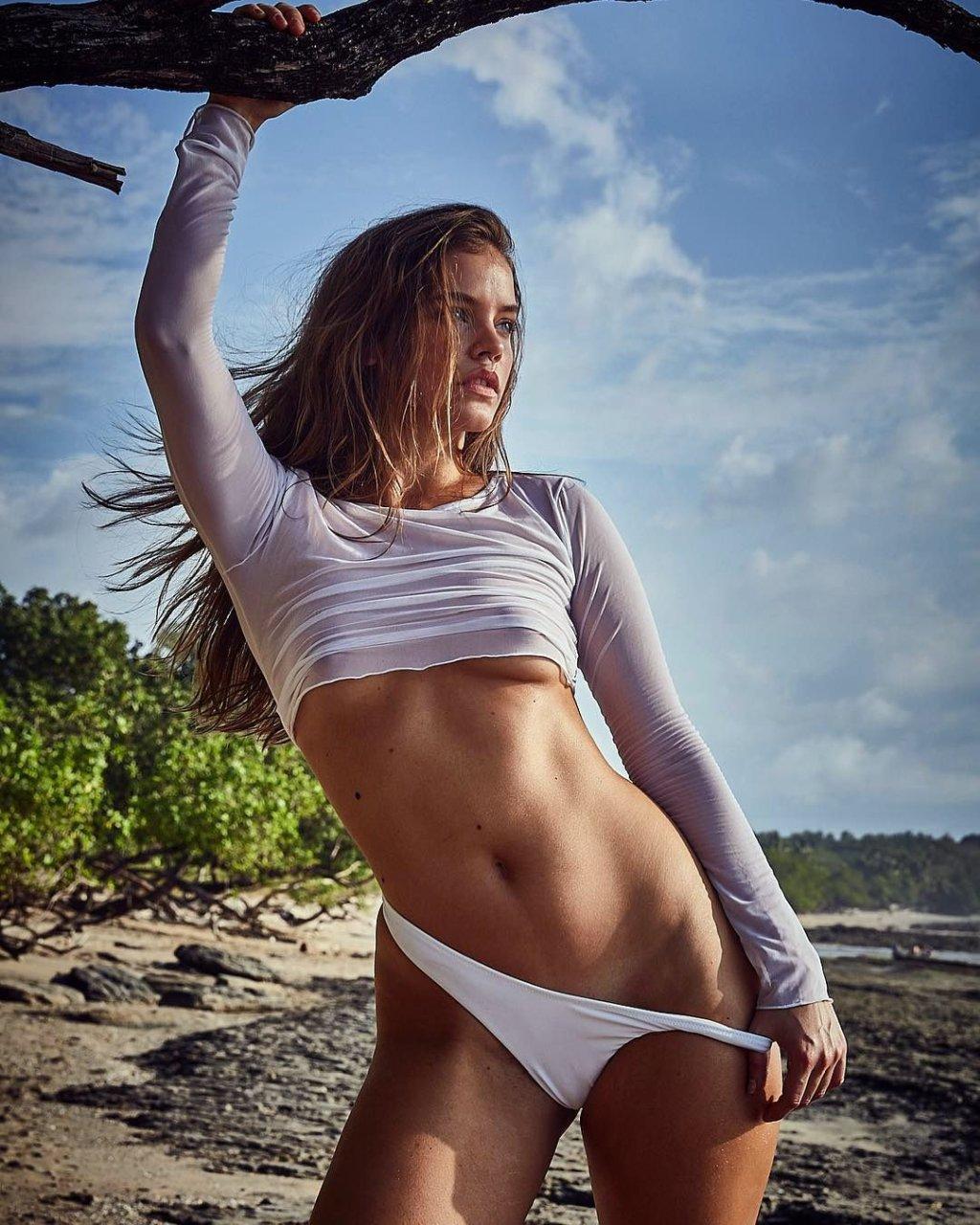 Barbara palvin topless 7 Photos new images
