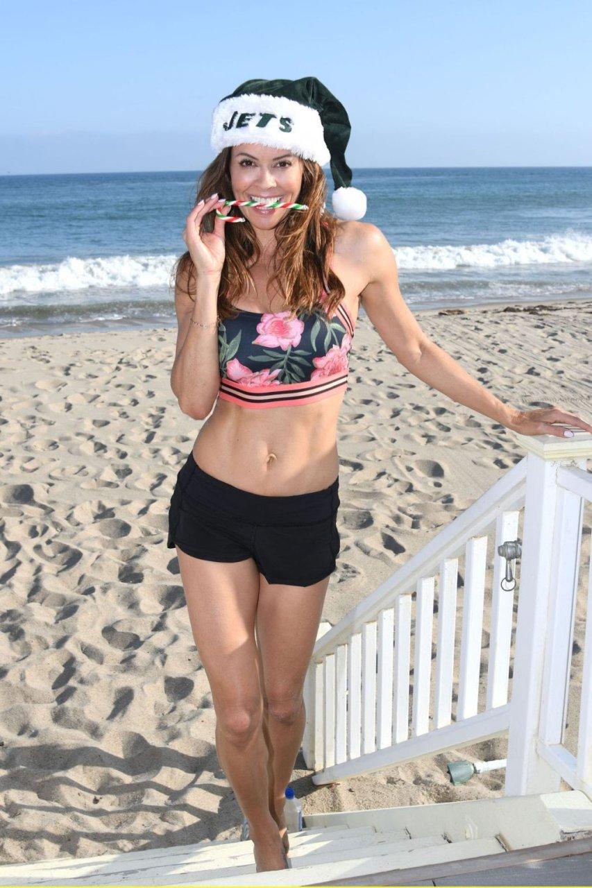 Brooke Burke Hot (6 Photos)