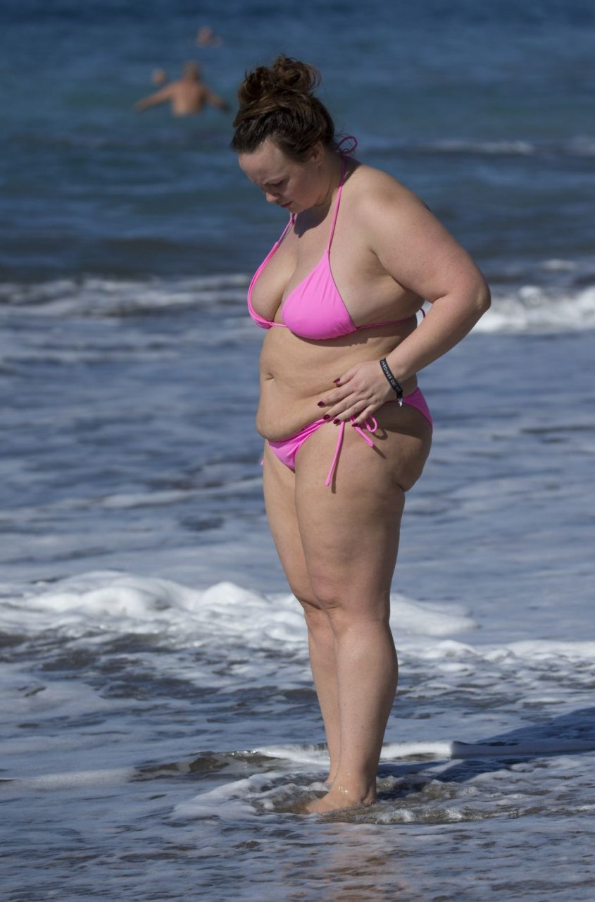 Chanelle Hayes (94 Photos)