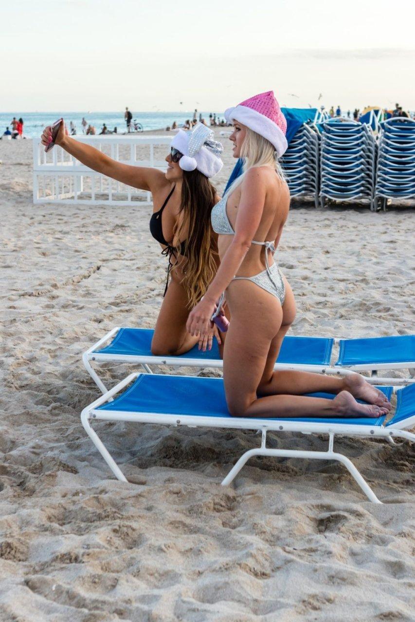 Claudia Romani & Jessica Edstrom Sexy (33 Photos + GIFs)