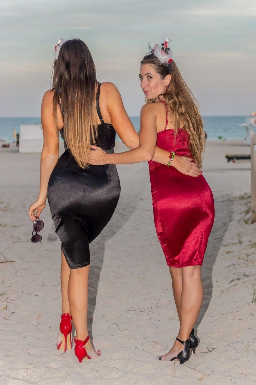 Claudia Romani & Lauren Francesca Hot (9 Photos) | #