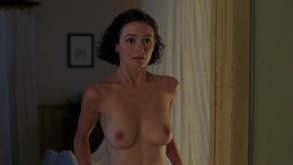 Emily Mortimer Nude – The Sleeping Dictionary (6 Pics + GIF & Video)