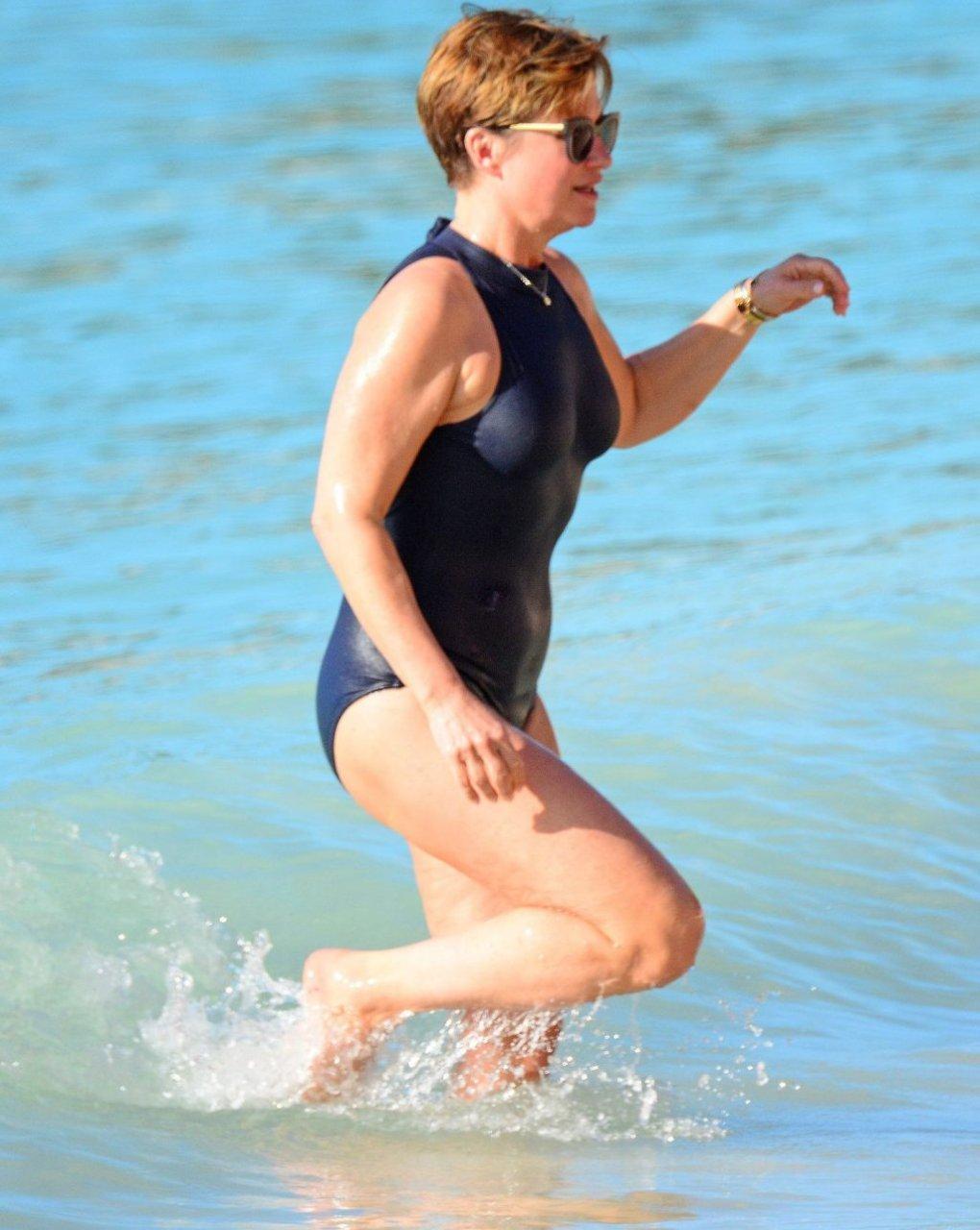 Emma Forbes Hot (18 Photos)