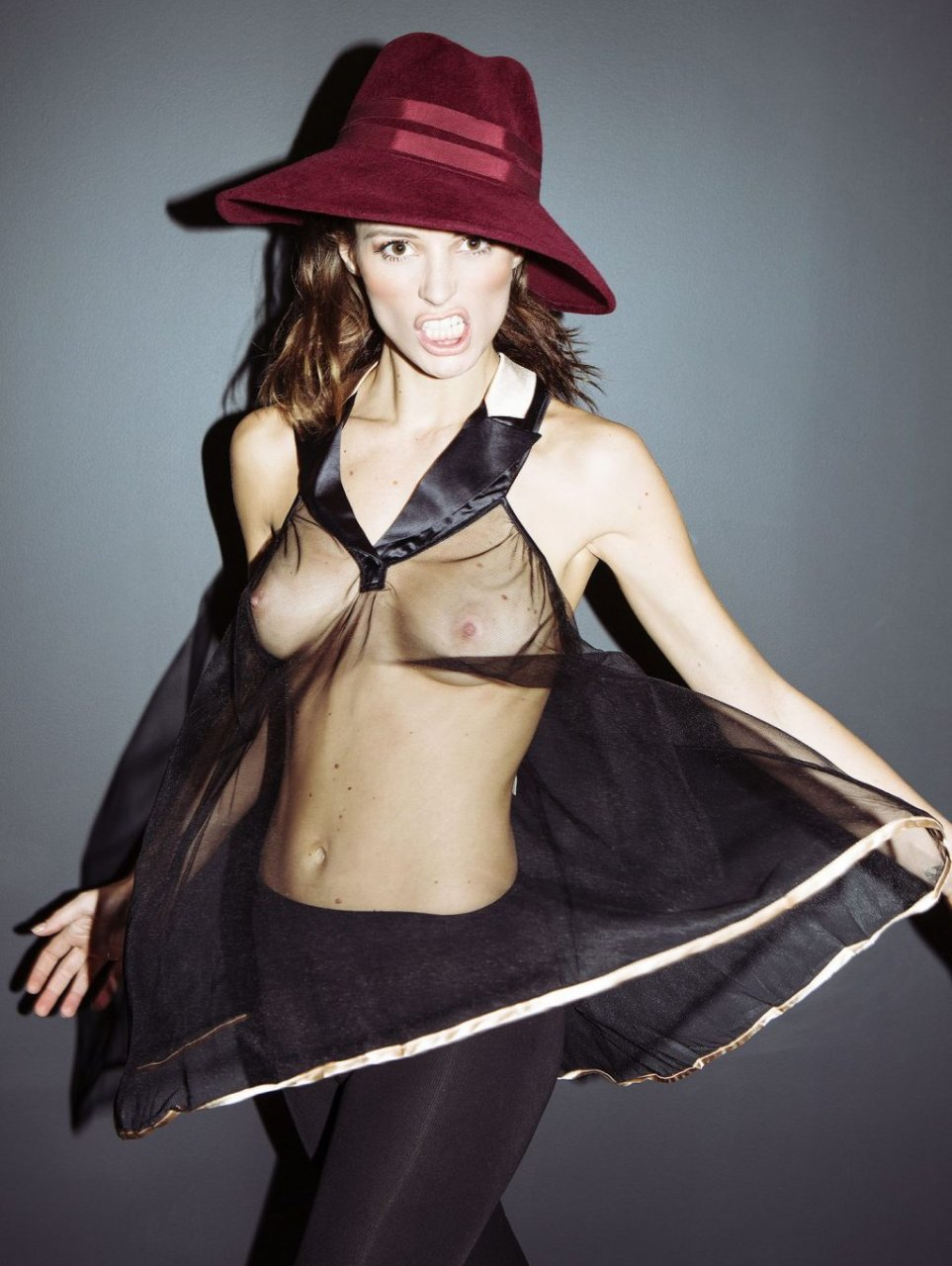 Flavia Lucini Sexy & Topless (13 Photos)