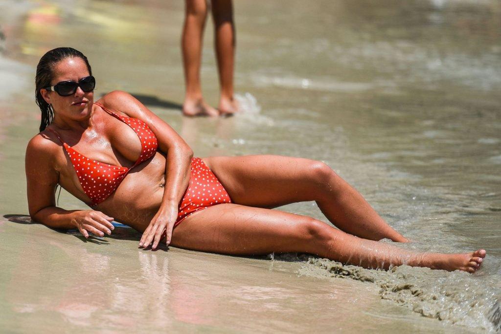 Karen Danczuk Sexy (13 Photos)