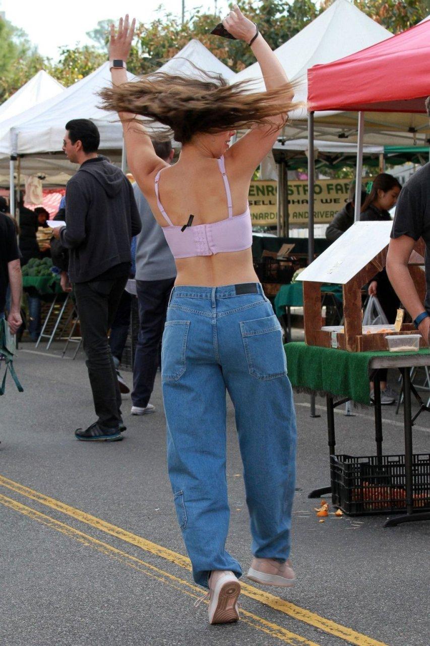 Kira Kosarin Sexy (75 Photos + GIFs)