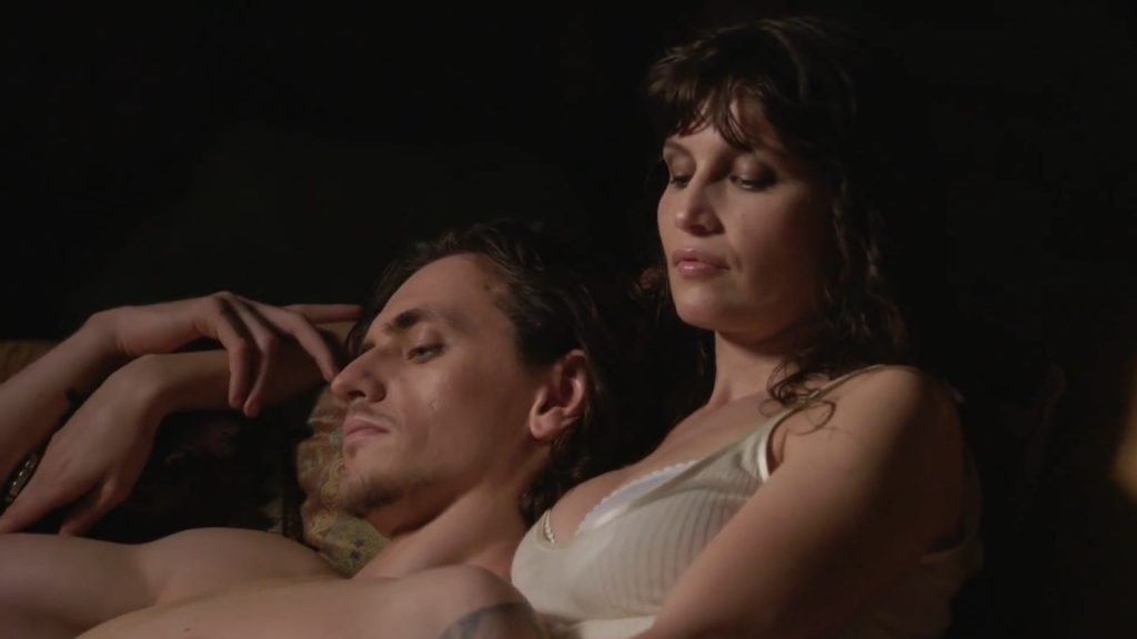 Laetitia Casta Nude & Sexy (24 Photos + GIF & Videos)