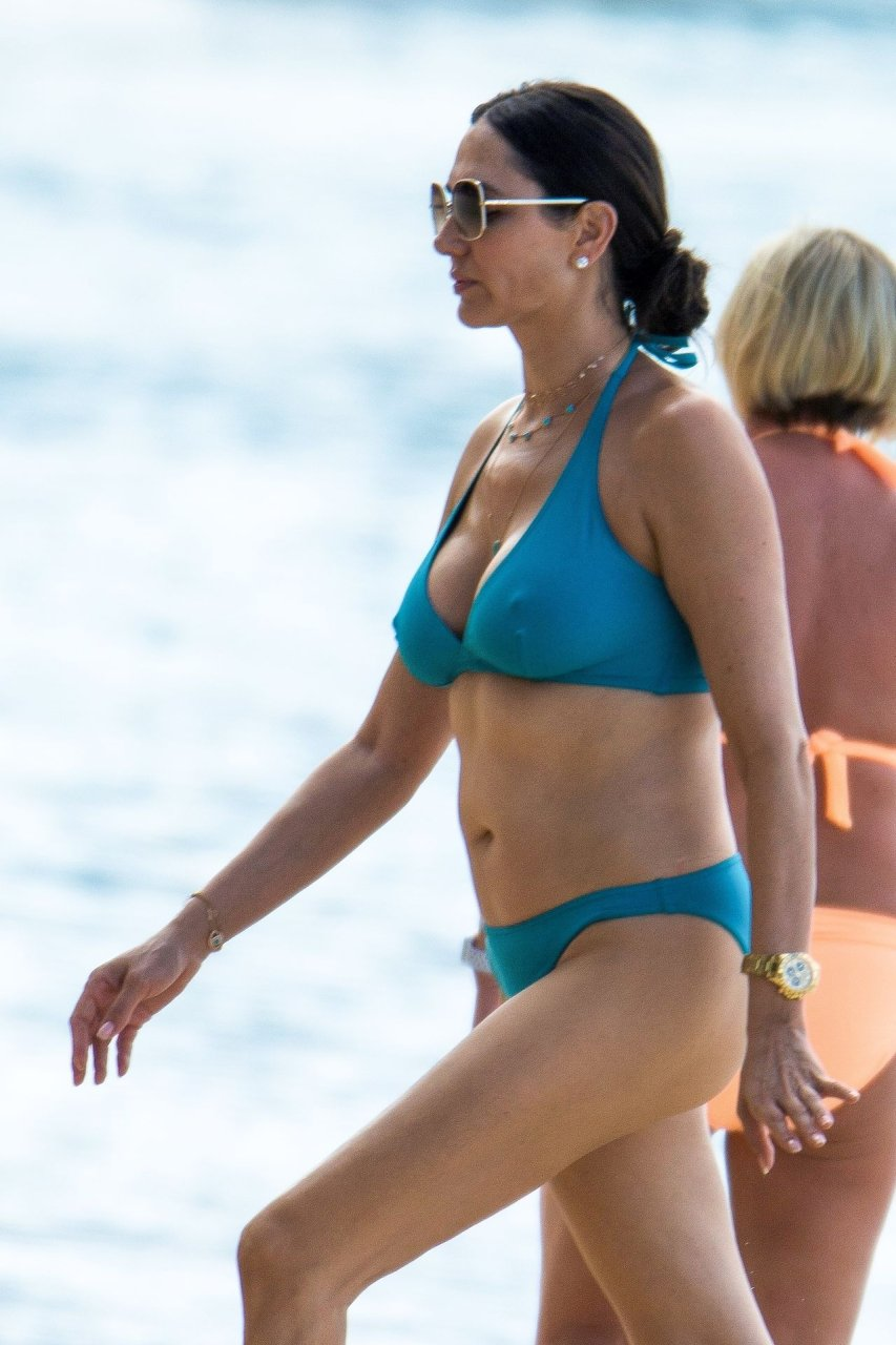 lauren silverman in a teal two piece bikini as she enjoys