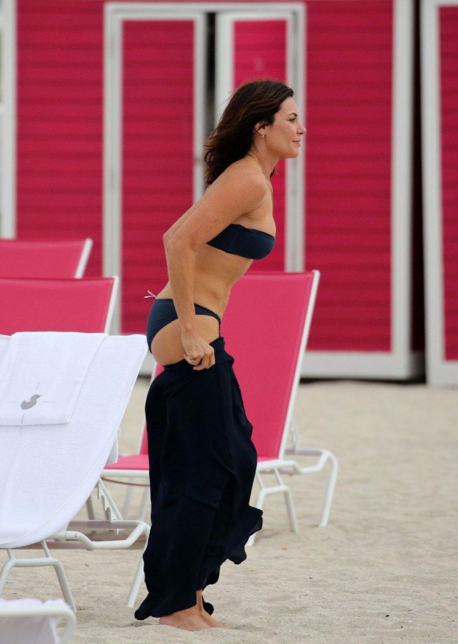 Luann de Lesseps Sexy (36 Photos)