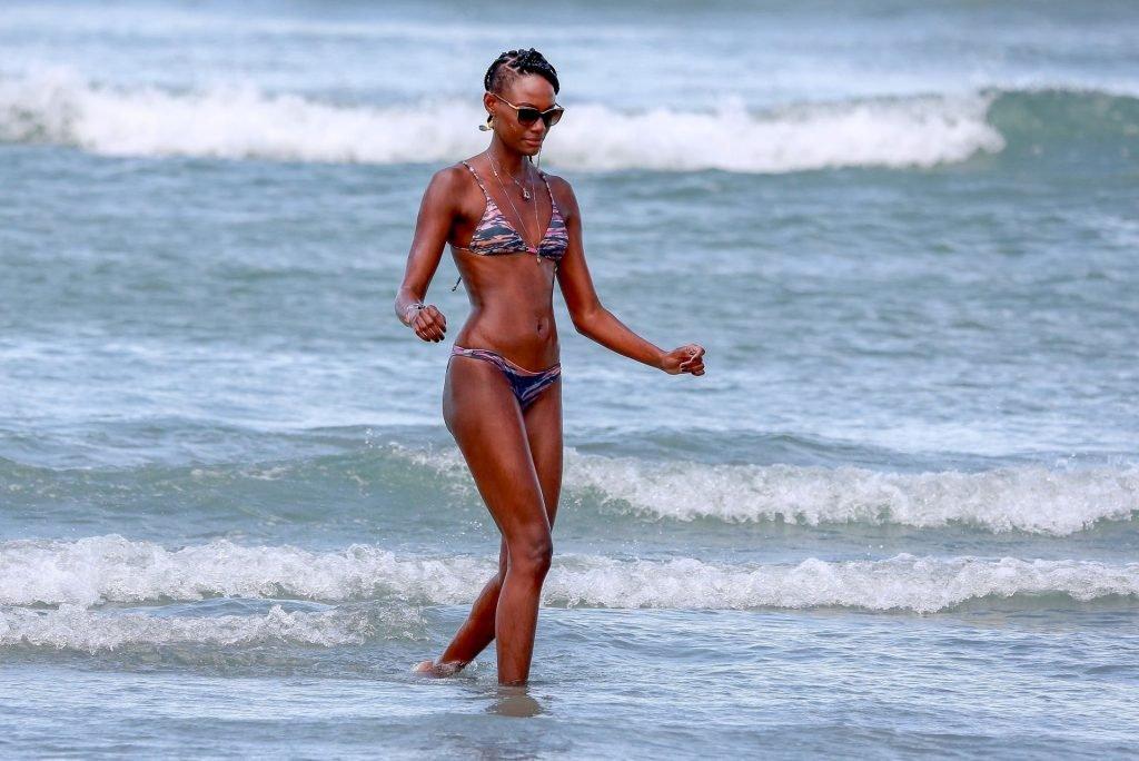 Mariane Calazan Sexy (53 Photos)