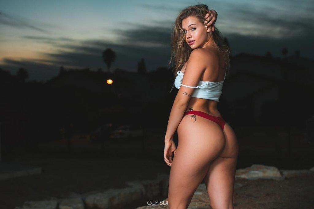 Maya Kesler Sexy (21 Photos)