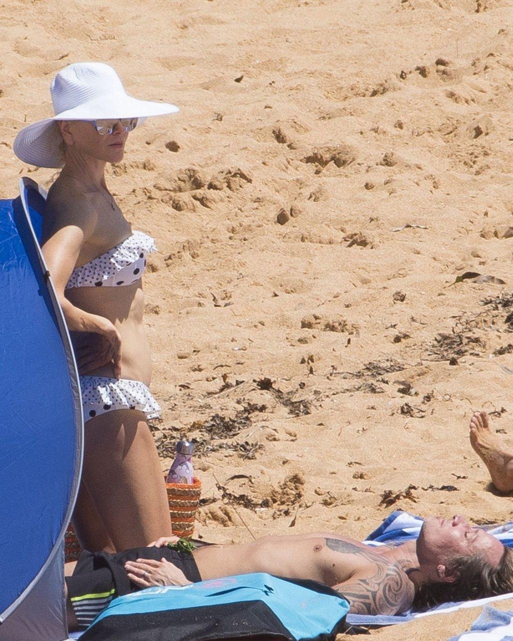 Nicole Kidman Hot (66 Photos)