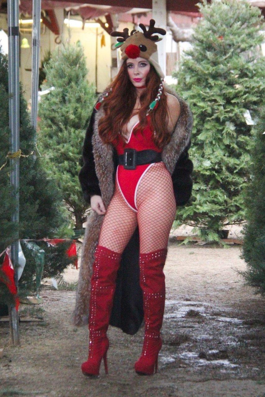 Phoebe Price Sexy (15 Hot Photos)