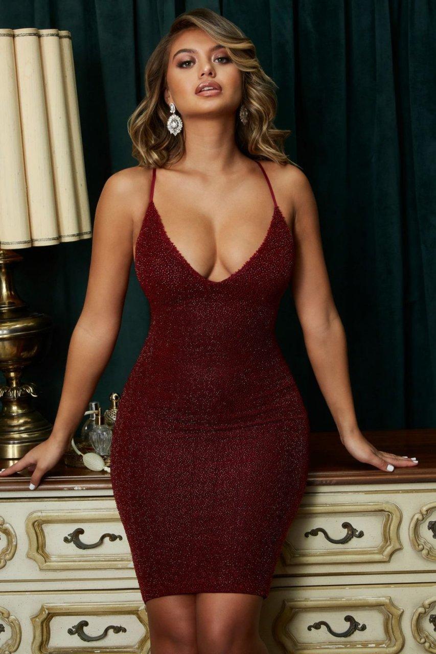 Kelly Clarkson Tells American Idol To Suck It, But Chooses Different Words,Chrissy teigen bikini XXX photos Bryana holly by carlos nunez mq photo shoot,Winona Ryder Nip Slip And Boobs Retrospective