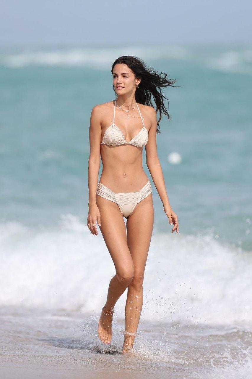 Alexis laree nude pity