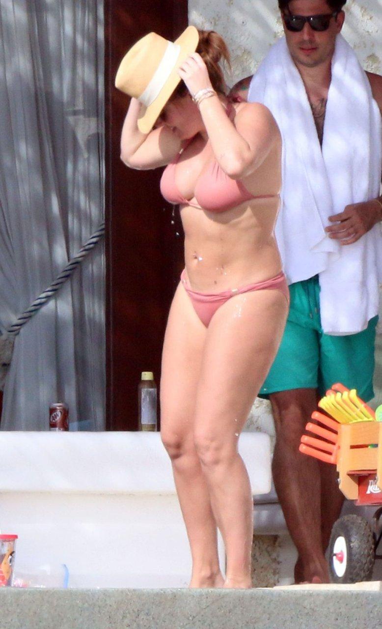 Tamara Ecclestone Hot (20 Photos)