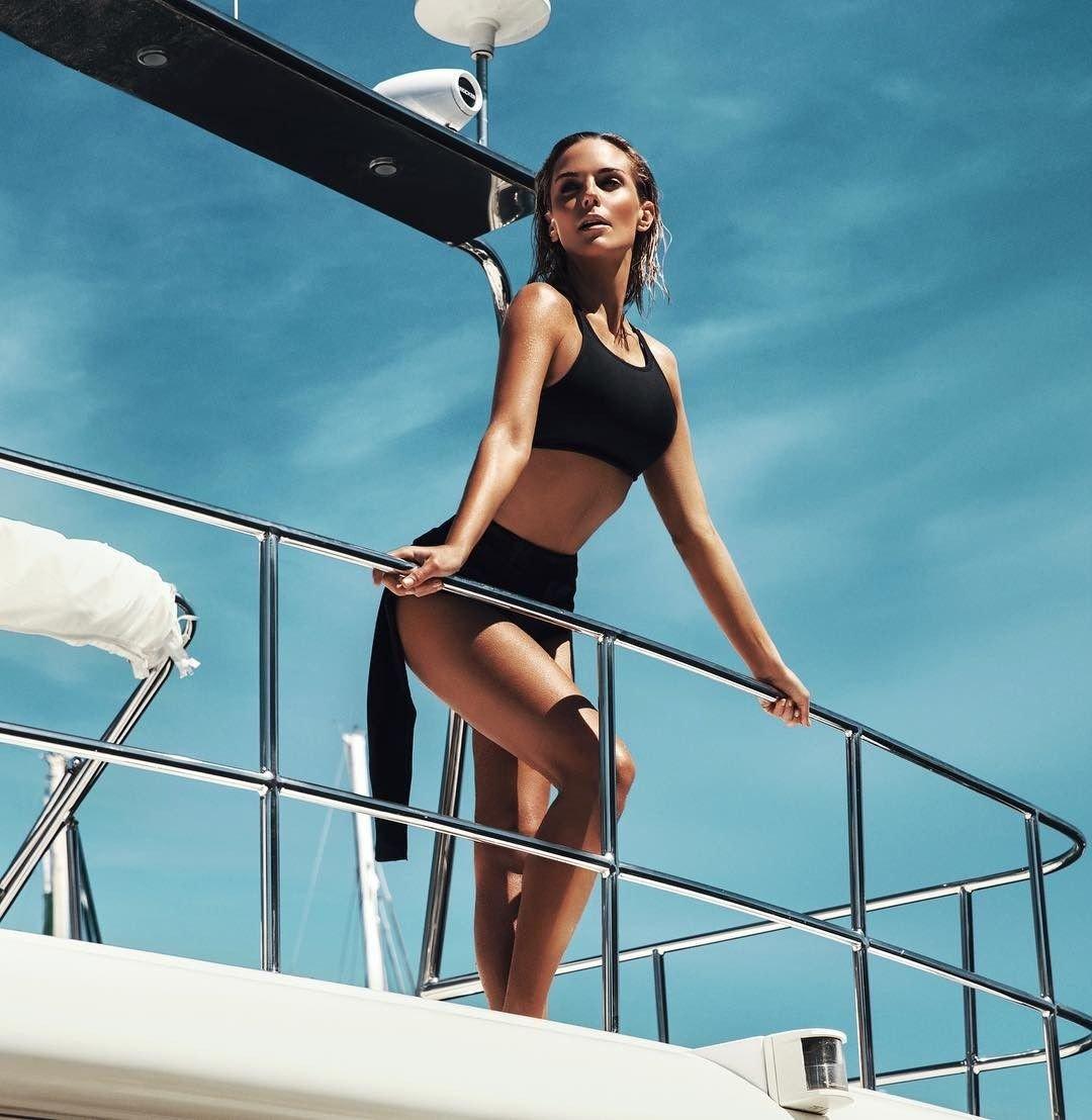 Tanya van graan nude and sexy new photo