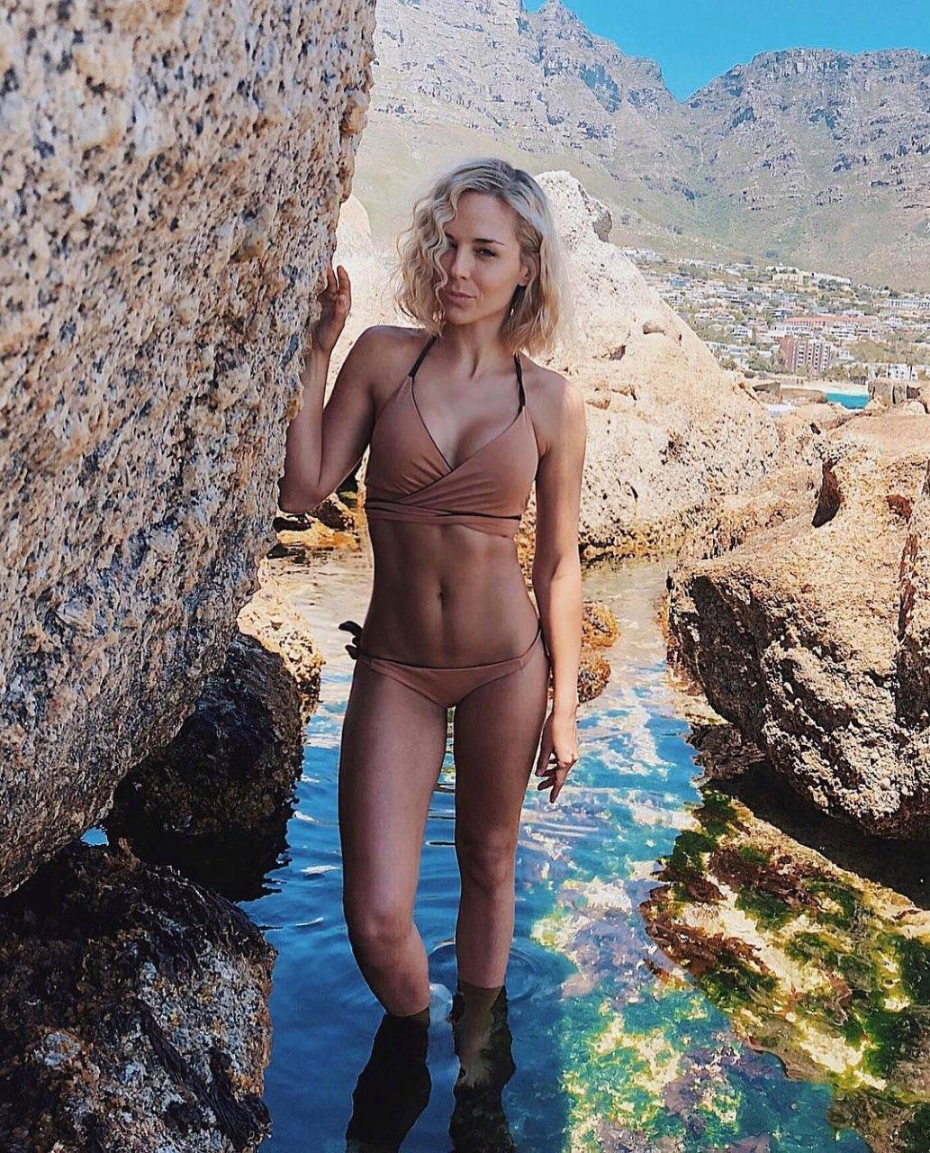 Watch Tanya van graan nude and sexy video