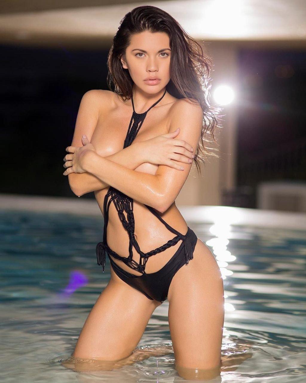 Michael jordan gets sexy bikini dance